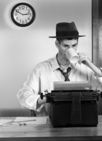 1940s-reporter-working-on-deadline